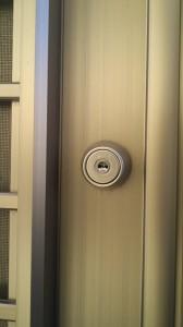 勝手口ドア 鍵4