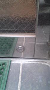 MIWA 自動ドア鍵交換2